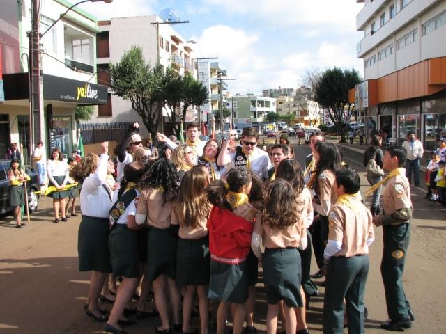 desfile 2008 clube desbravadores dínamis